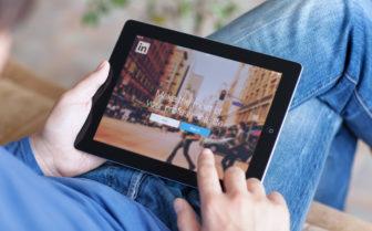 social media for staffing
